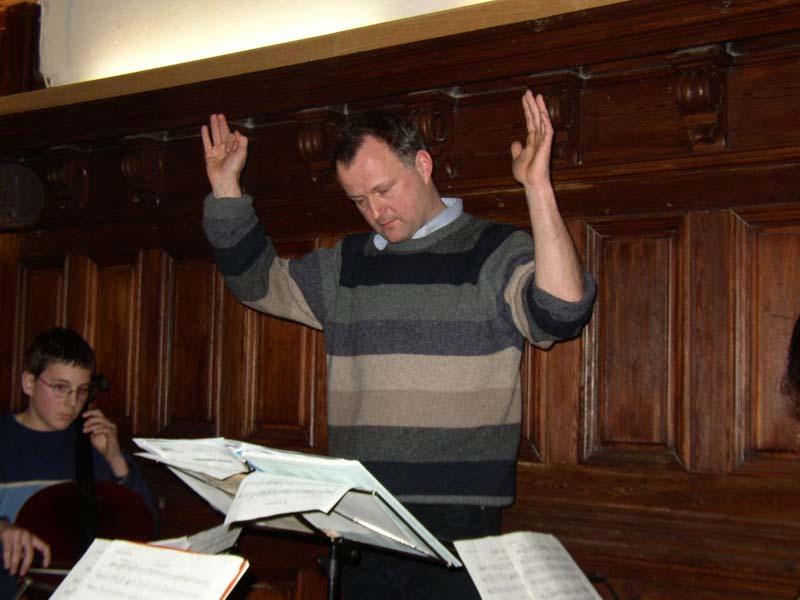Johannes Fonrobert bei der Probenarbeit in der Ensemblewoche